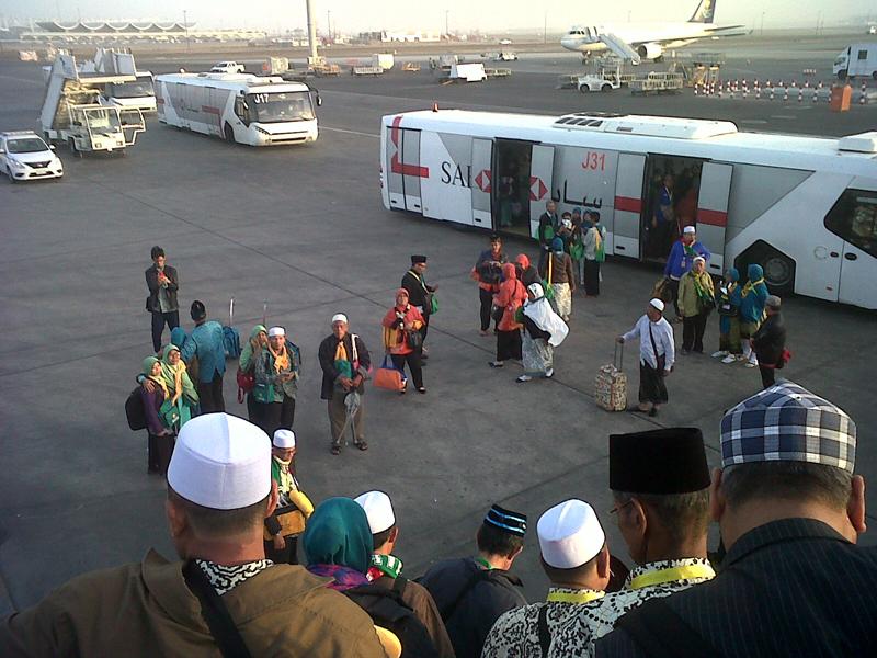 Umrah Murah 2018 2019 2020 Risalah Madina di Bandara Jeddah