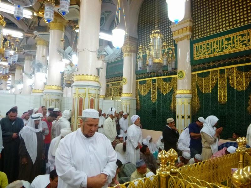 Raudah yang berdekatan dengan makam Rasulullah
